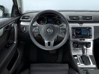 2011 Volkswagen Passat, 9 of 41