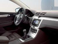 2011 Volkswagen Passat, 12 of 41