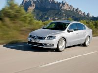 2011 Volkswagen Passat, 18 of 41