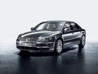 2011 Volkswagen Phaeton, 8 of 28