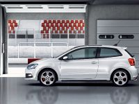 2011 Volkswagen Polo GTI, 4 of 8