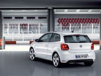 2011 Volkswagen Polo GTI, 7 of 8