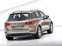 2011 Volkswagen Touareg, 1 of 12