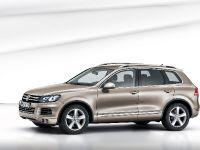 2011 Volkswagen Touareg, 3 of 12