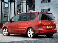 2011 Volkswagen Touran, 2 of 3