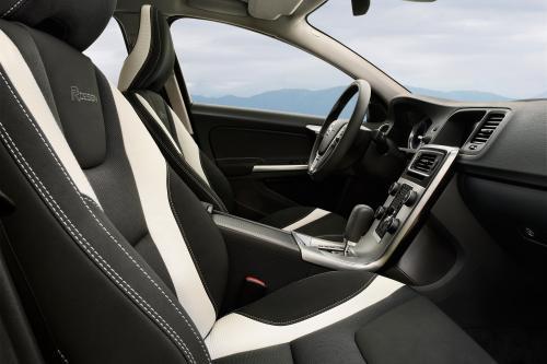 Volvo V60 R-Design – эксклюзивные фотографии автомобиля