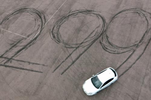 2012 г. Alfa Romeo Giulietta 1.6 JTDm - 48 x £299