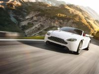 2012 Aston Martin V8 Vantage, 13 of 19