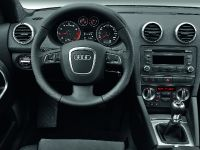 2012 Audi A3 Cabriolet, 6 of 8