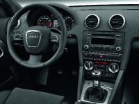 2012 Audi A3 Cabriolet, 7 of 8