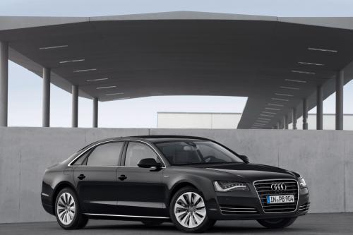 2012 Audi A8 Hybrid - производство версии
