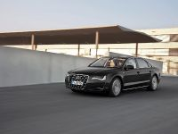 2012 Audi A8 Hybrid - production version, 12 of 42
