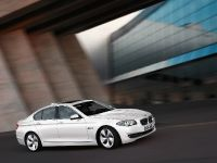2012 BMW 520d EfficientDynamics Edition, 2 of 2