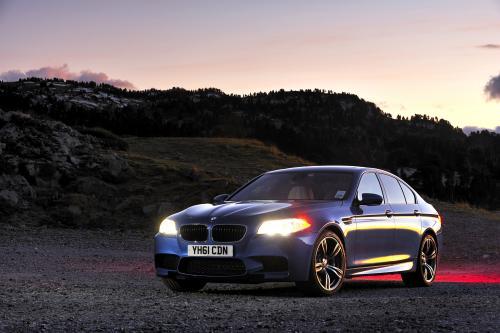 Это будет дрифт? - 2012 BMW F10 M5 [видео]