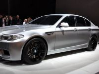 thumbnail image of 2012 BMW M5 Concept