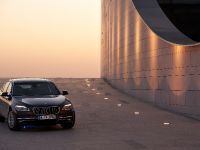 2013 BMW Series 7 , 1 of 21