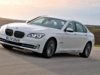 2013 BMW Series 7 , 3 of 21