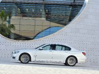 2013 BMW Series 7 , 8 of 21