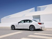 2013 BMW Series 7 , 11 of 21