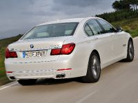 2013 BMW Series 7 , 14 of 21