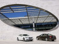 2013 BMW Series 7 , 19 of 21