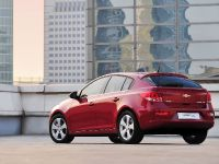 2012 Chevrolet Cruze Hatchback, 2 of 6
