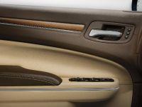 2012 Chrysler 300 Luxury Series, 9 of 13