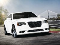 2012 Chrysler 300 SRT8, 7 of 18
