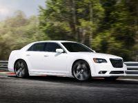 2012 Chrysler 300 SRT8, 8 of 18