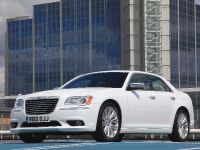 2012 Chrysler 300C UK, 2 of 65