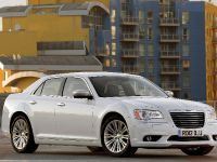 2012 Chrysler 300C UK, 6 of 65