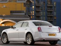 2012 Chrysler 300C UK, 11 of 65