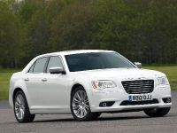 2012 Chrysler 300C UK, 19 of 65