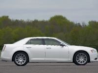 2012 Chrysler 300C UK, 21 of 65