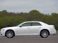 2012 Chrysler 300C UK, 22 of 65