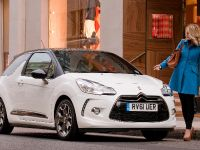 2012 Citroen DS3 Ultra Prestige, 4 of 10