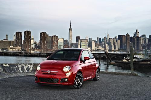 Fiat премьеры его 2012MY 500 на LA Auto Show