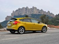 2012 Ford Focus 1.0-litre EcoBoost Titanium, 3 of 5