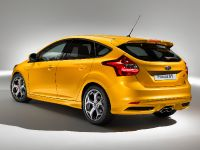 2012 Ford Focus ST 5-door, 2 of 2