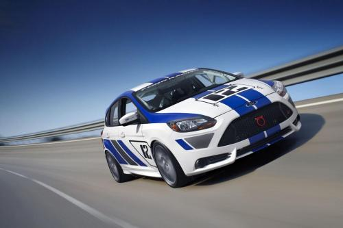 Ford Focus ST-R готов пойти