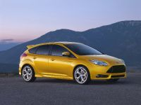 thumbnail image of 2012 Ford Focus ST US