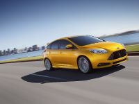 2012 Ford Focus ST US, 6 of 20
