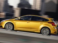 2012 Ford Focus ST US, 9 of 20