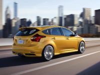 2012 Ford Focus ST US, 12 of 20