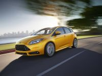 2012 Ford Focus ST US, 13 of 20