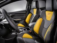 2012 Ford Focus ST US, 18 of 20