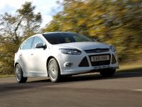 2012 Ford Focus Zetec S, 2 of 5