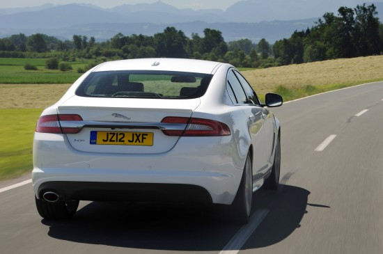 Jaguar XF SE Business and Sport