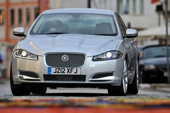 Jaguar XF SE Business and Sport