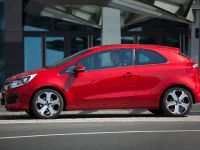 2012 Kia Rio three-door, 4 of 5